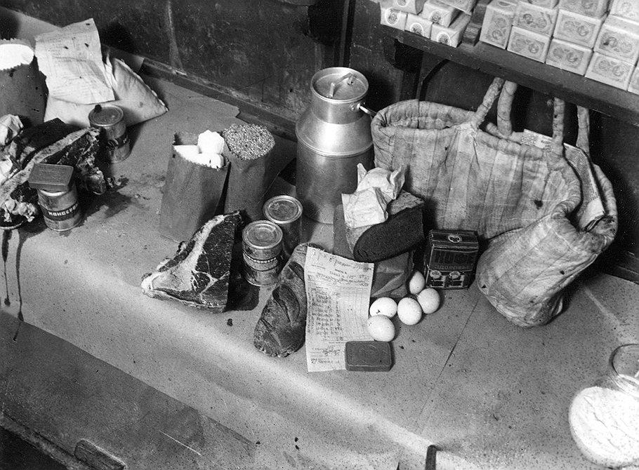 Как в СССР жили по талонам. товаров, система, карточная, талоны, талонам, фанаты, времена, просто, сахар, когда, стало, карточки, нефть, войны, распределение, часто, существовали, нужно, собственно, стране