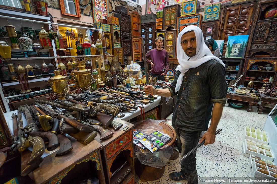 Афганистан. Особенности национального шопинга. здесь, Афганистане, Афганистан, Абдула, очень, можно, больше, Кабуле, купить, только, сейчас, рынке, таких, такой, принимают, афганцы, такие, прямо, чтото, дукане