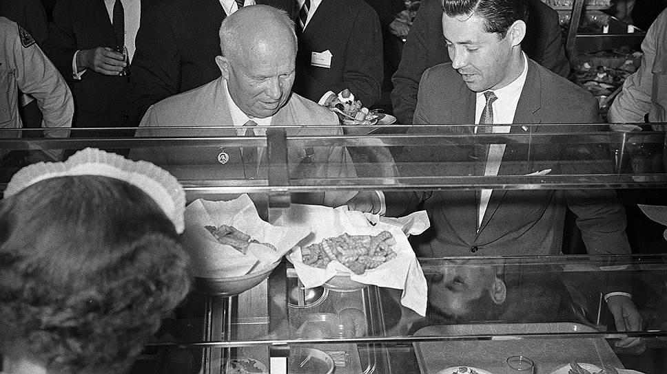 СССР — страна украденной еды. мороженое, советские, советское, столовые, производства, Микоян, мороженого, технологии, также, интересно, самое, самые, колбаса, Подписывайтесь, Докторская, время, сегодня, оборудование, именно, посетил