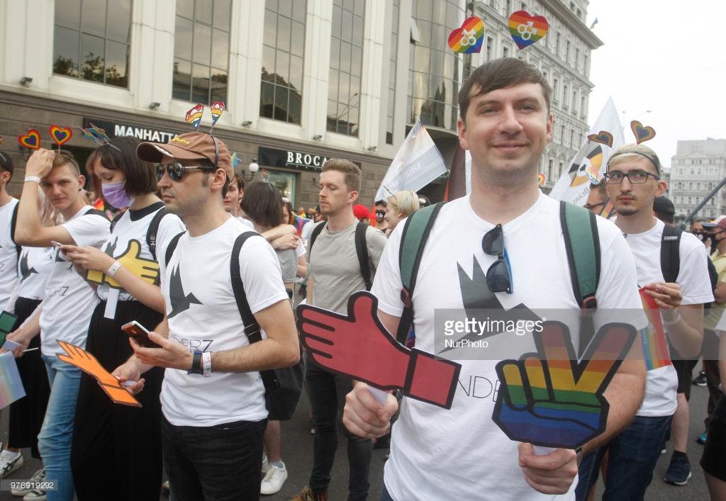 Гей-парад в Киеве, подорвавший пуканы (фото). Киеве, интересно, прошел, собой, противники, ЛГБТпарад, Подписывайтесь, вчера, права, гейпарада, Киевпрайда, гомофобов, друзья, всего, активные, связано, примеру, пытаются, Киева, против