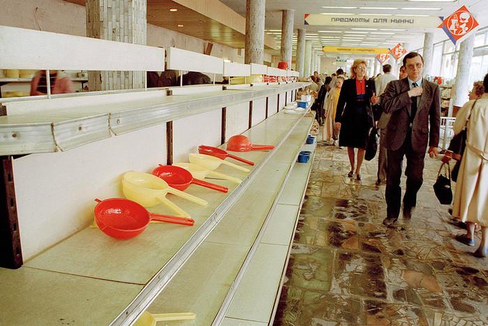 Фото магазинов, запрещённые в СССР.
