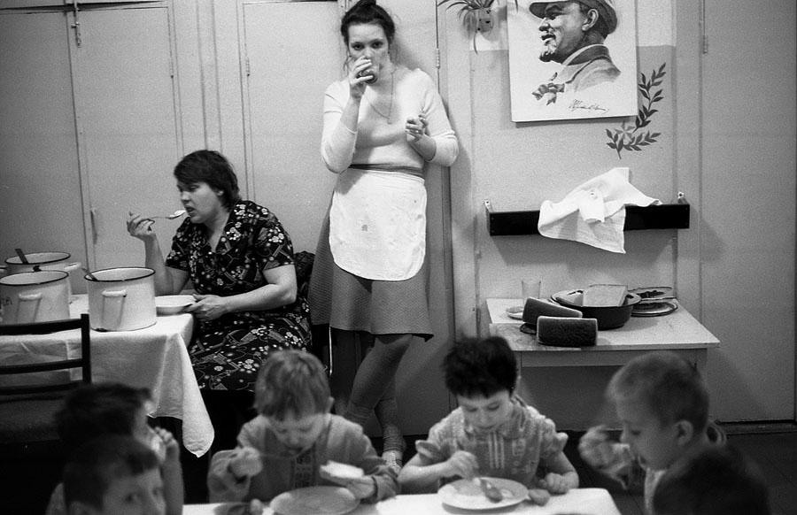 Семья в СССР и сейчас. Сравниваем! браки, когда, намного, семьи, семье, только, советский, налог, советской, номер, проще, бездетность, расчету, Сейчас, общем, контрацепции, аборты, женщины, часто, сейчас