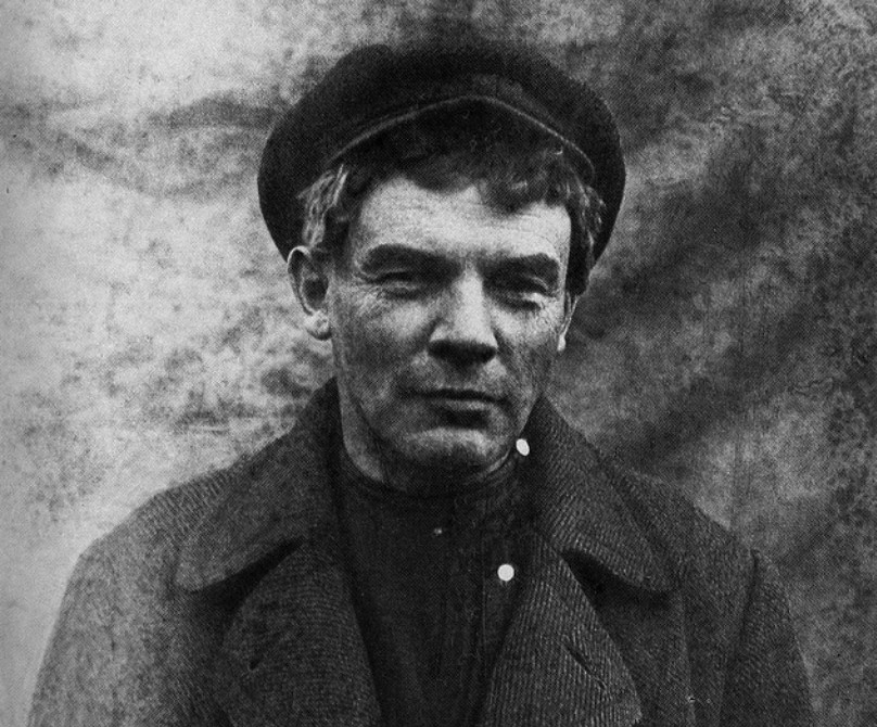 Myths about Lenin, in which you continue to believe.Lenin, Lenin, grandfather, grandfather, everything, wrote, personality, leader, Soviet, constantly, himself, eyes, all, friends, people, people, such, kind, propaganda, general