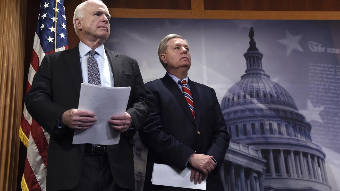 «Прощай, друг!» — умер сенатор Маккейн. Маккейн, Маккейна, Россию, России, заявив, Украины, Джона, Подписывайтесь, неоднократно, твиттер, провёл, пытаются, Джону, санкции, известен, Поэтому, лётчик, половиной, плену, после