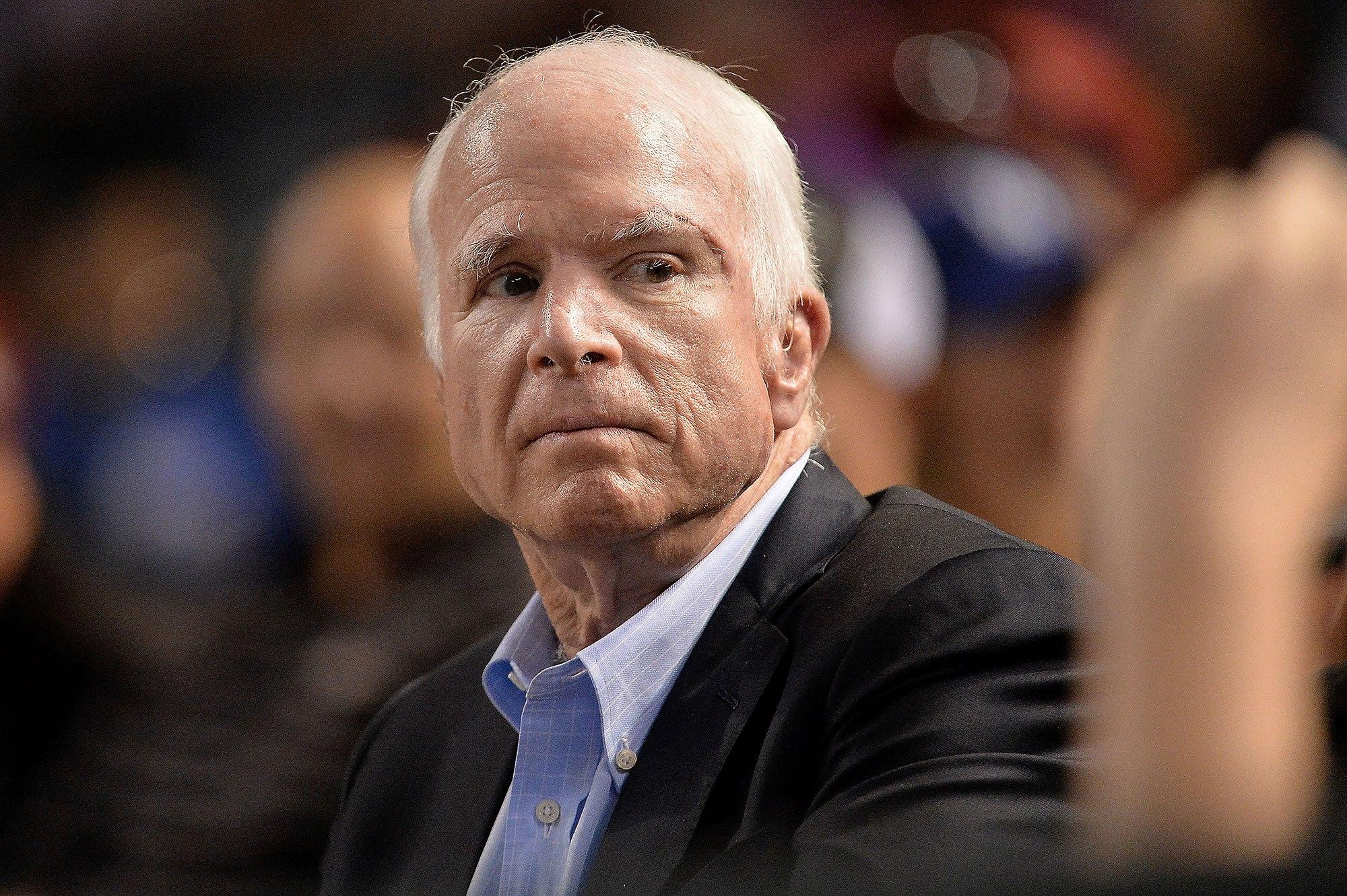 «Прощай, друг!» — умер сенатор Маккейн.