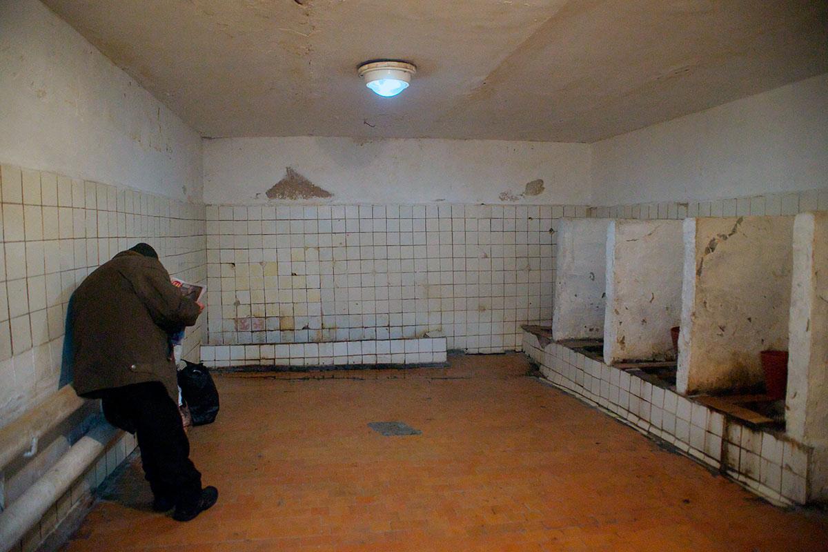 СССР — страна немытых туалетов.