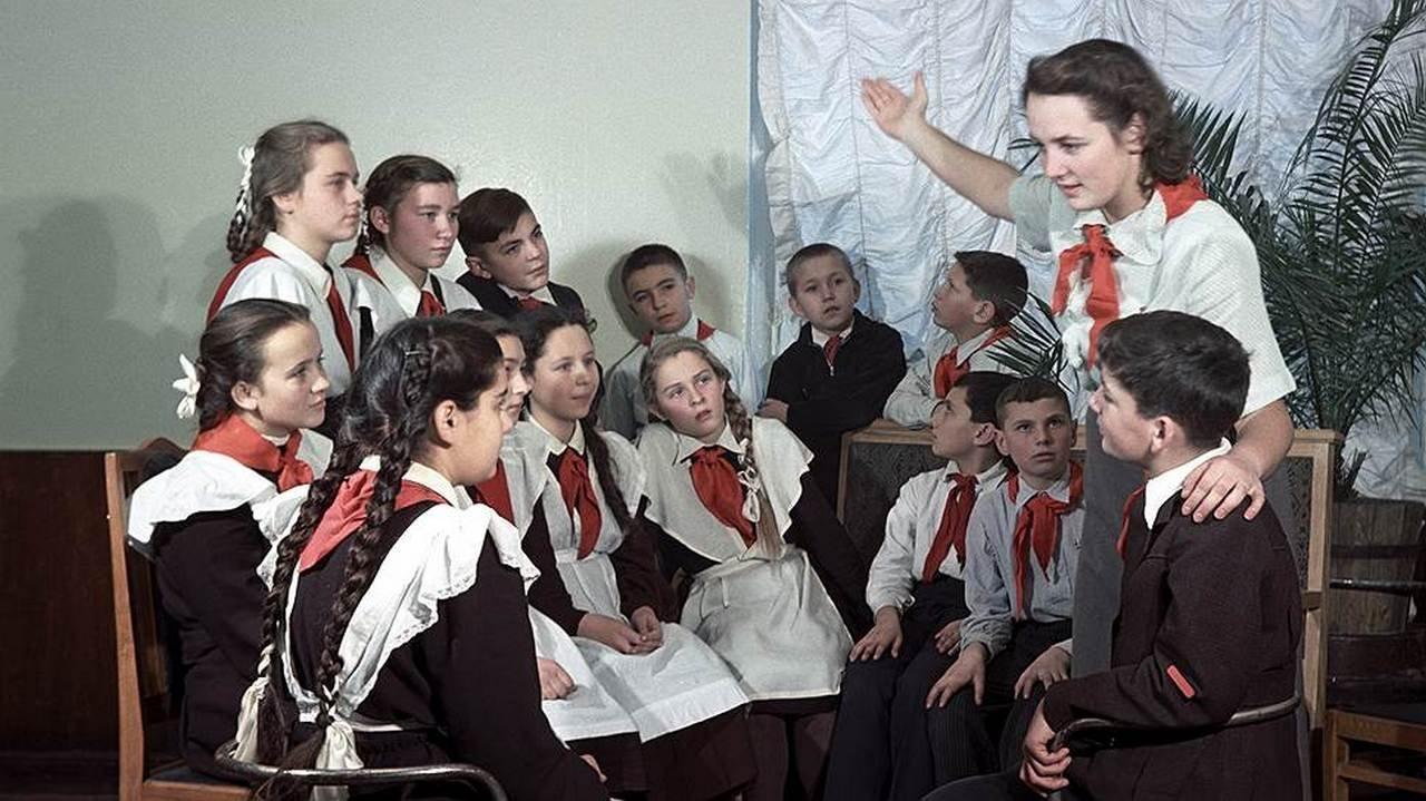 Что на самом деле происходило в советских школах.