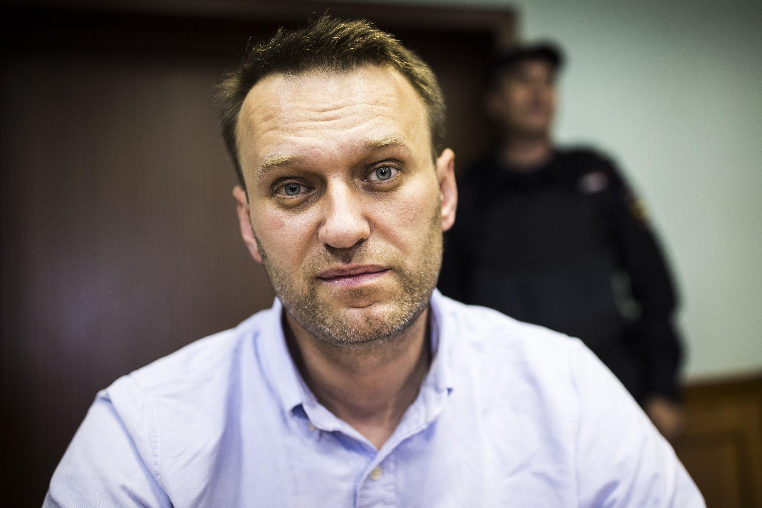 Навального убивают в спецприёмнике?