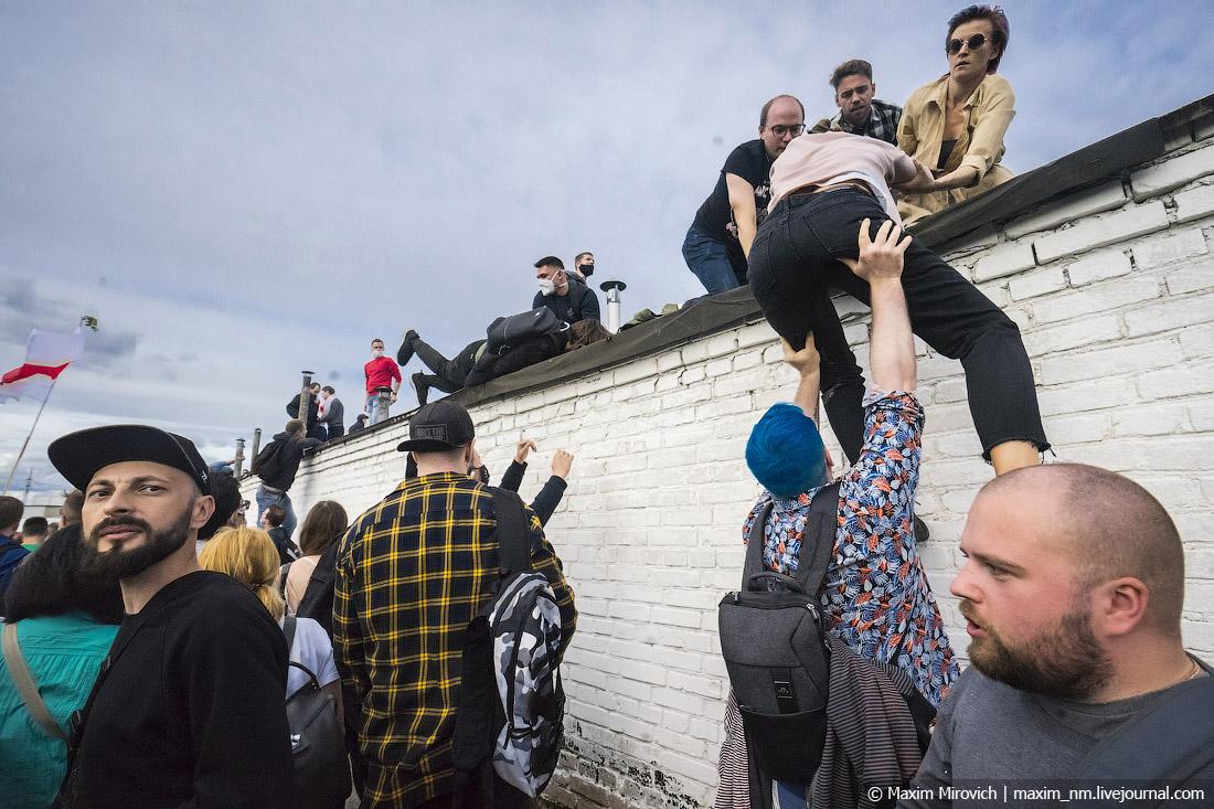 Протесты в Беларуси. Облава. Солидарность. 01.JPG