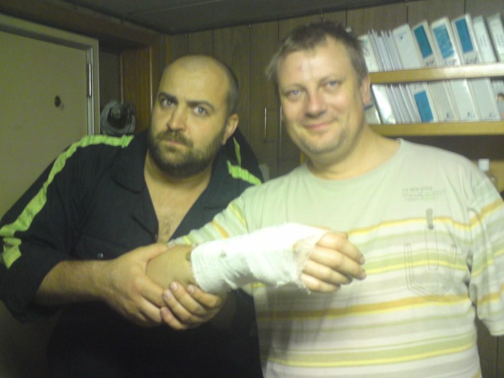 Юра сломал руку 2 [1024x768]