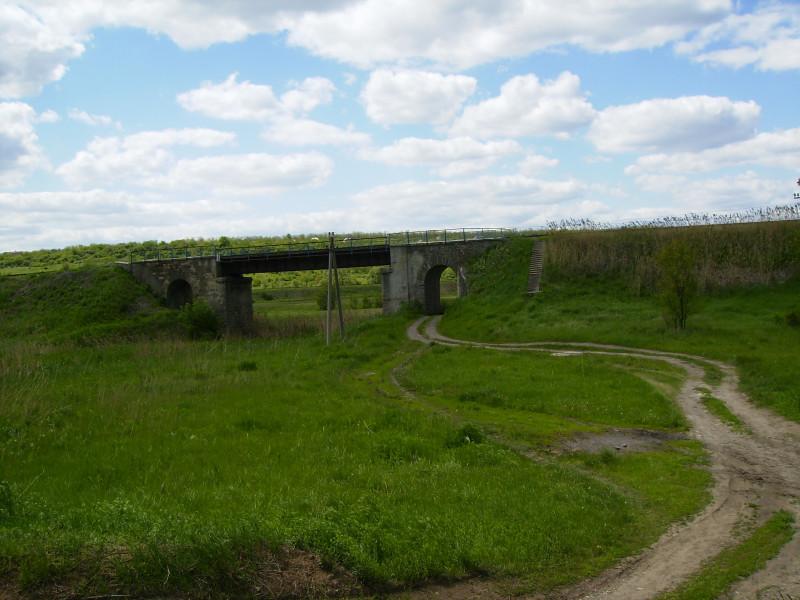 Старый железнодорожный мост