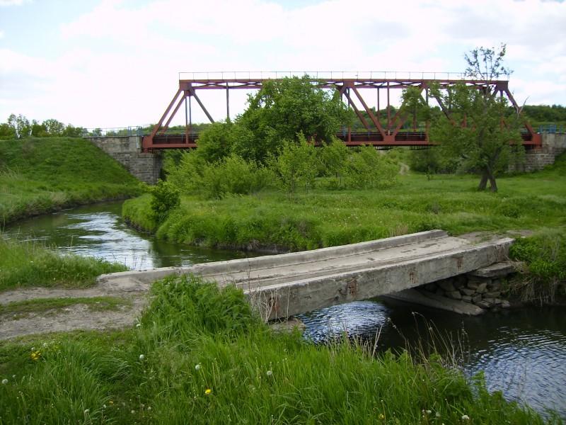 Два моста, две технологии)