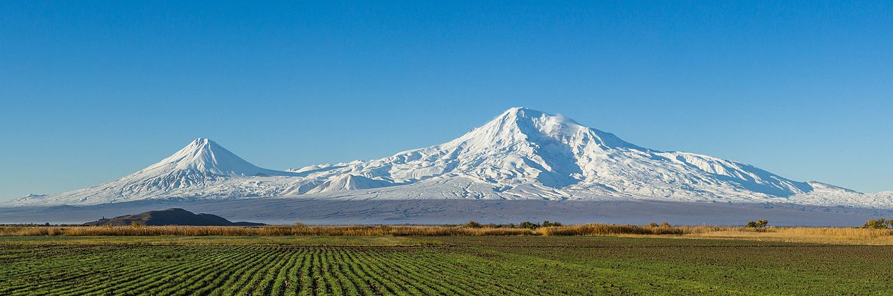 Ararat_from_Artashat_(cropped).jpg