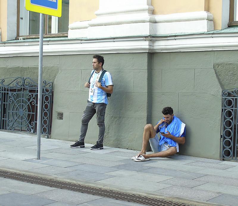 поразительное Argentina_lost2_1aB