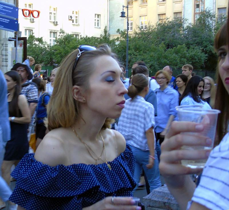 little_white_goroshek1A_osvet_aB