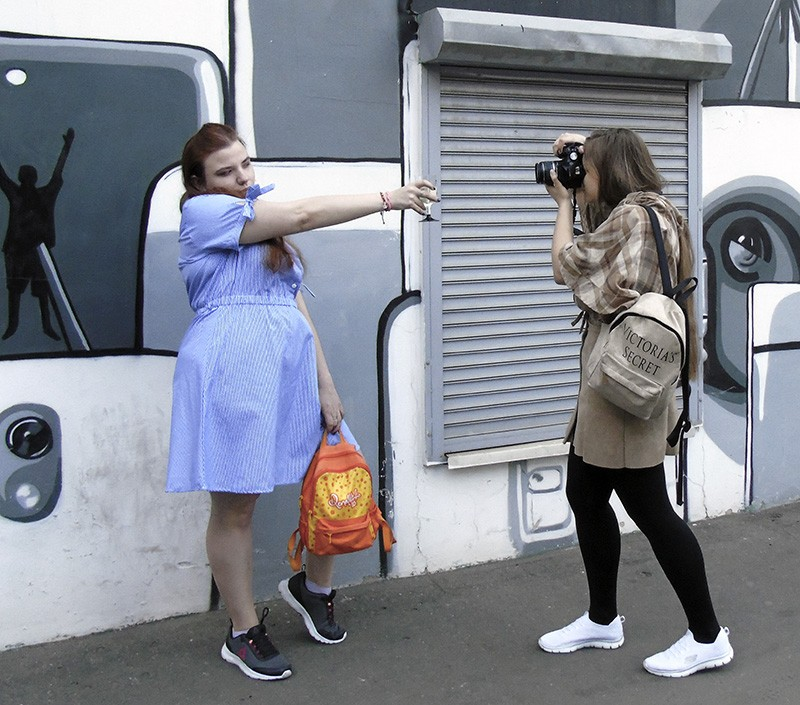 girls_fotoing1A+_zatemn37_aB