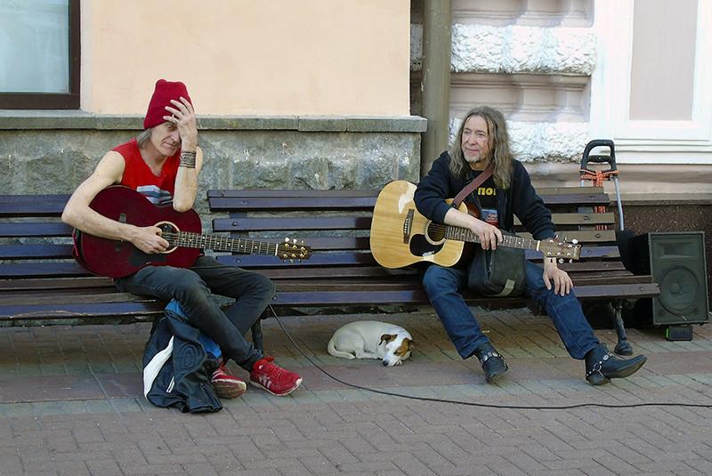 gitarists1+_osvet_aB