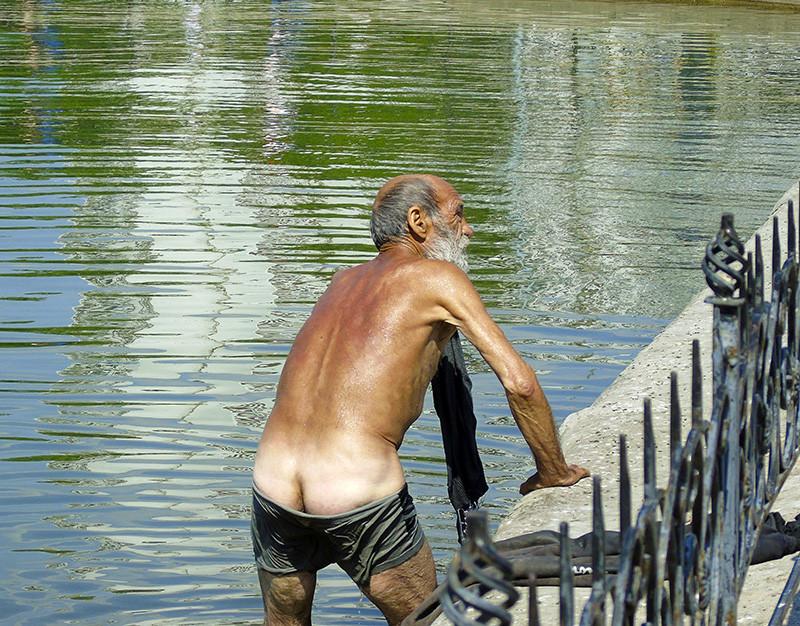 bathing 1A+_1_vlevo1_nasysch_aB