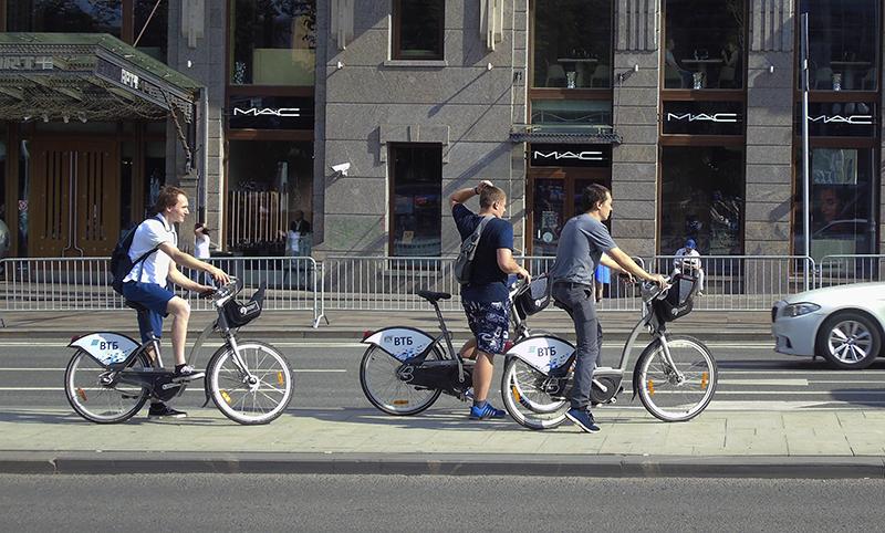 velocipeds1D_osvet_aB