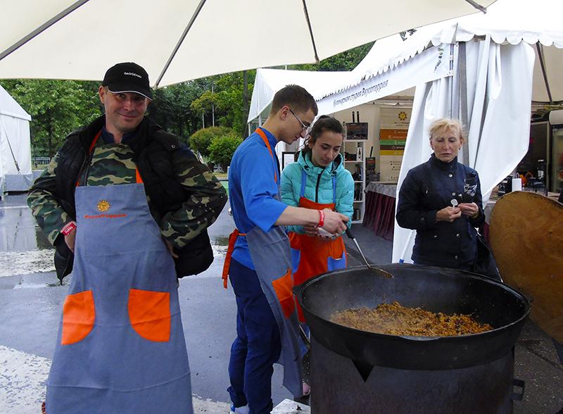 Фестиваль Taste of Moscow в Лужниках, окончание plov2B+_aB