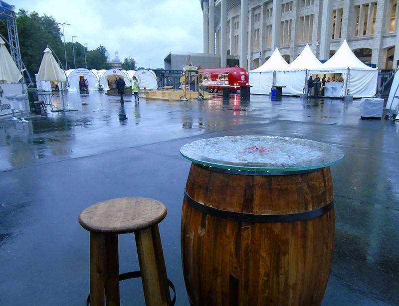 Фестиваль Taste of Moscow в Лужниках, окончание stol-bochka_i_taburet1_aB