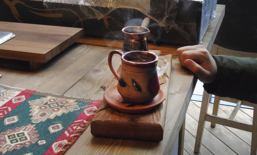 Armenian2_cofe1_aC