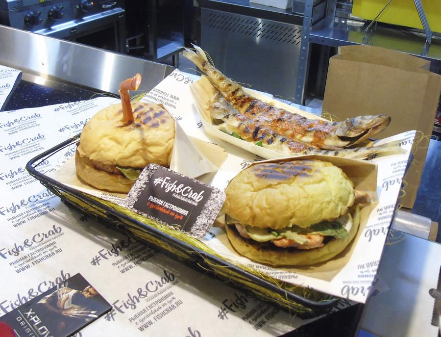 19RestVed_RRF2_Fish_&_crab1_burgers1_i_seledka1A_aC