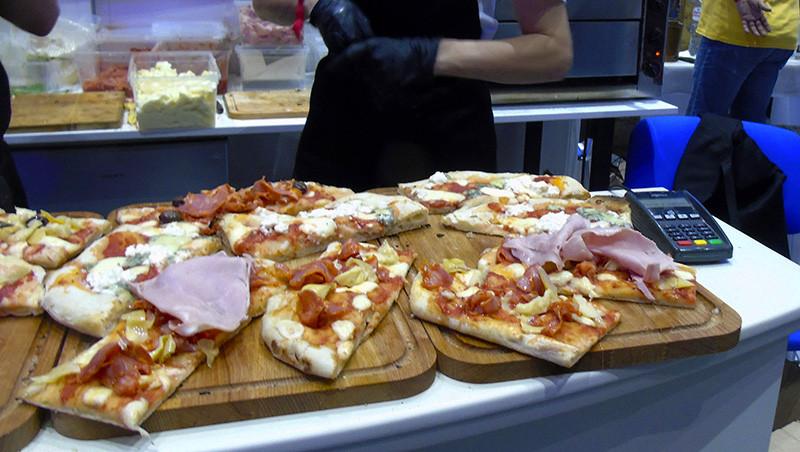 pizza3_aB