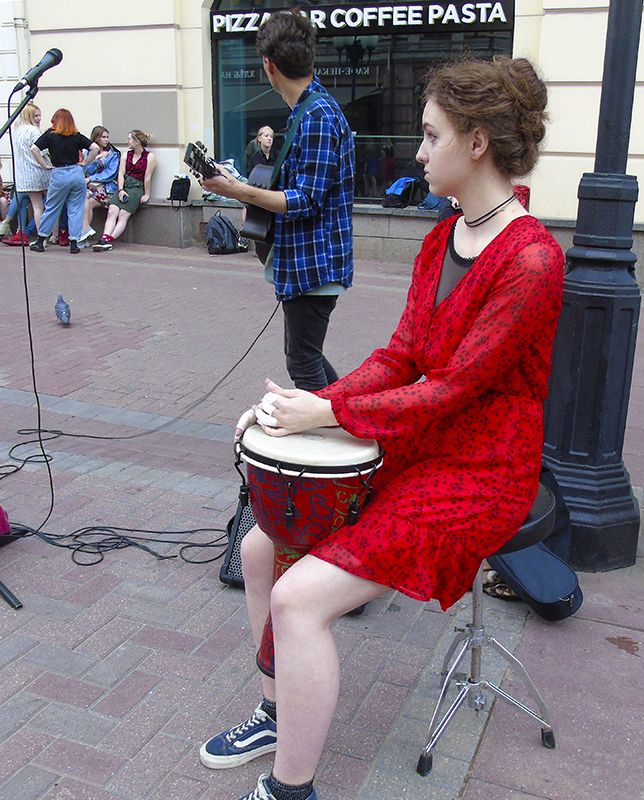 baraban_girl1_red_dress1A+_osv_aB