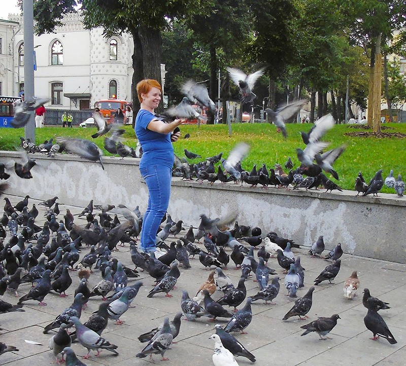 golubi6_blue_woman1D+_1_osv2_aB