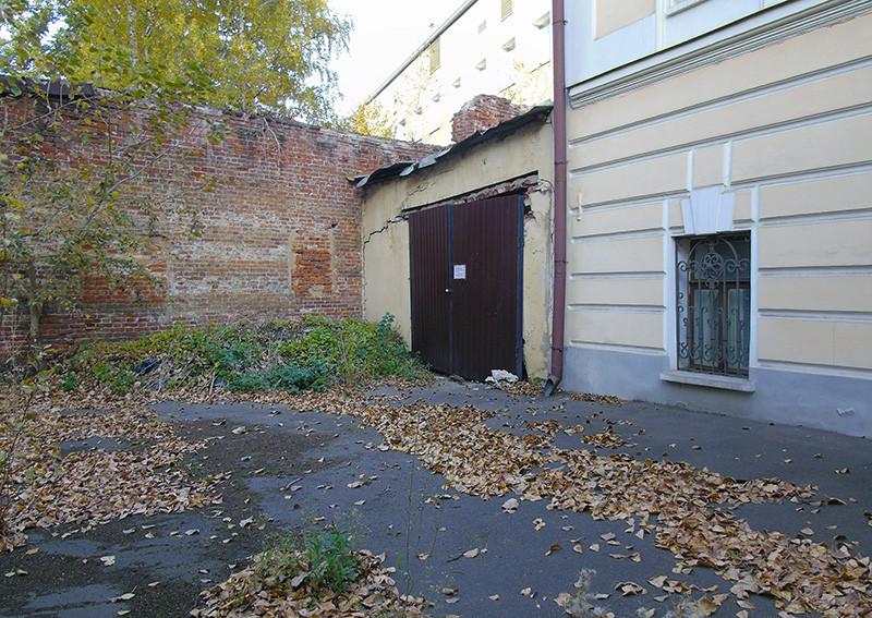 14c2Milyutinsky_garage1_aB