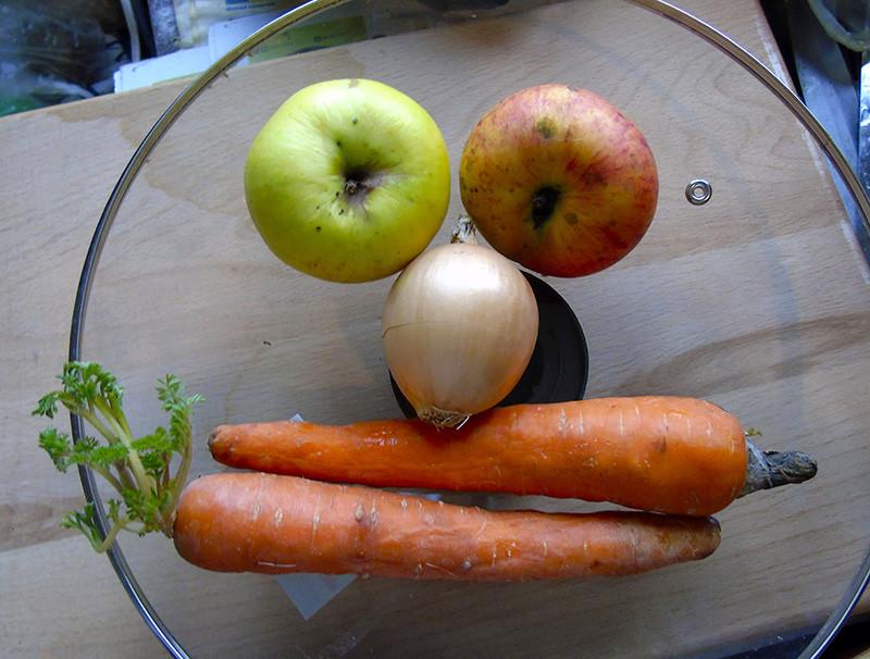 apples_luk_morkov2A+_aB