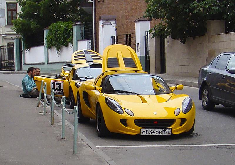 yellow_cars1_1aB