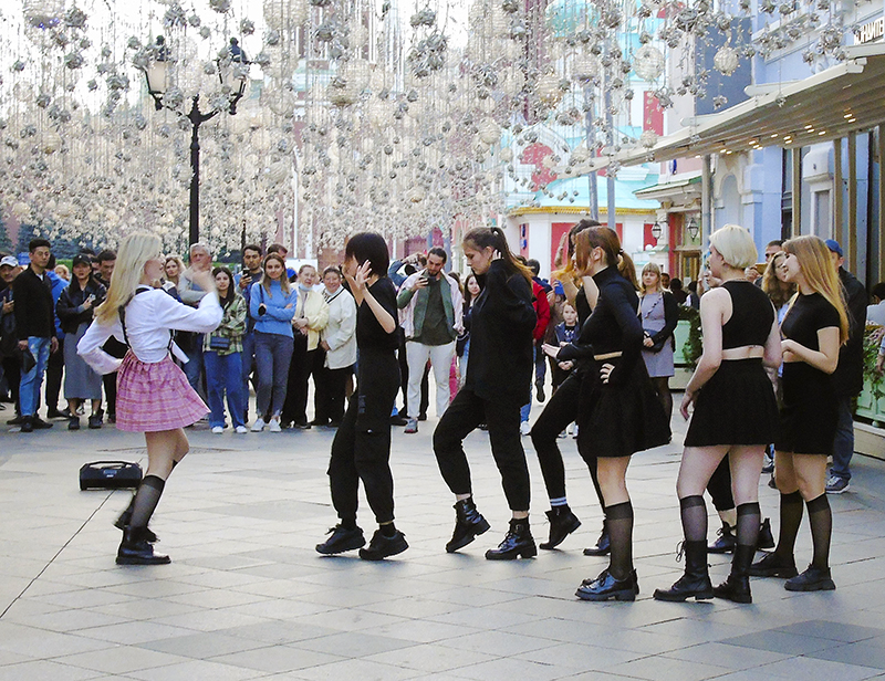 Nikolskaya12_dance1A_osv_aB