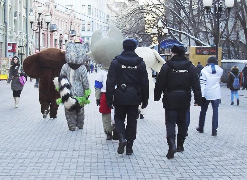 arest_zveriki1B_osvetl83_rezko_osvet17_1aB