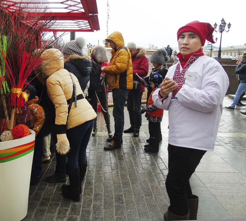 Yellow_popa1_kirgiz1_red_hat1_osvet_aB