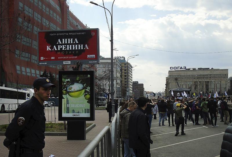 billboard2_Karenina1C+_1_osvet9_23_osvet_aB
