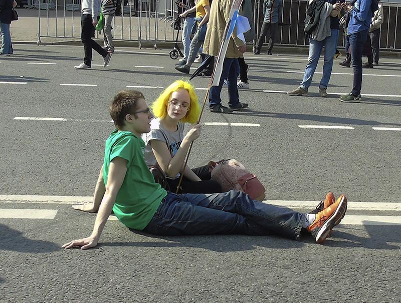 yellow_hair1_zatemn45_contrast24_osvet_aB