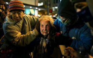 84yrolddorli-rainey-retired-teacher-pepper-sprayed-by-cop-seattle1