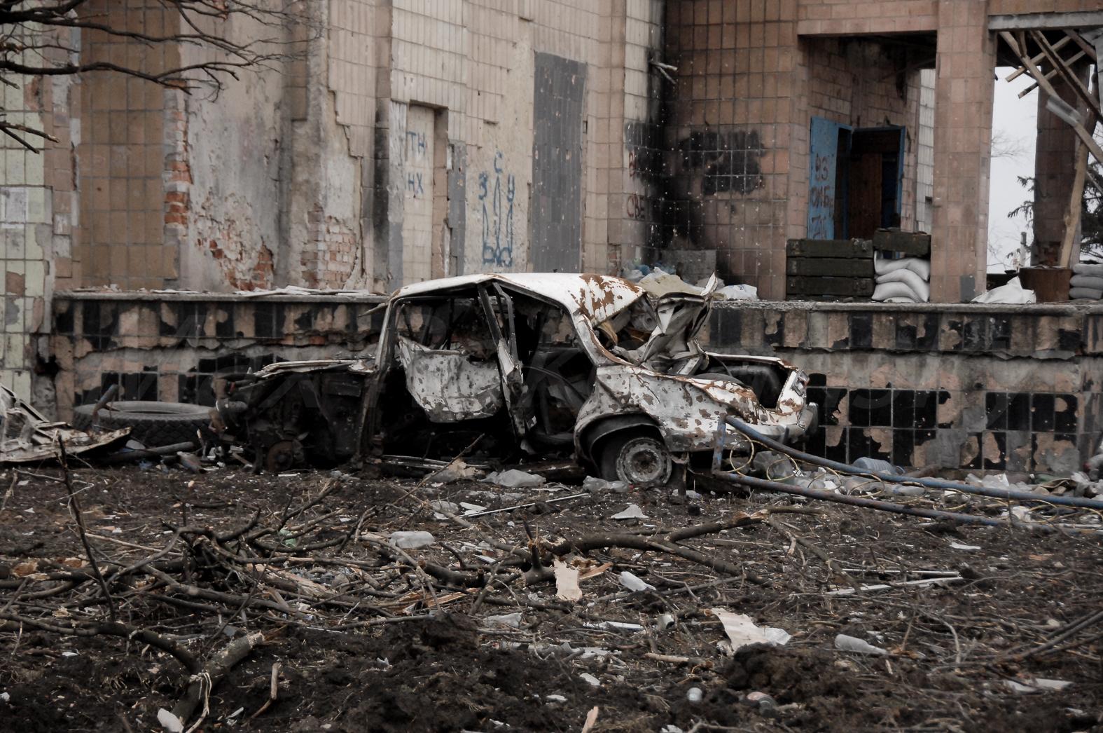 145152_original Что осталось от Песок Донецкого района (фоторепортаж)