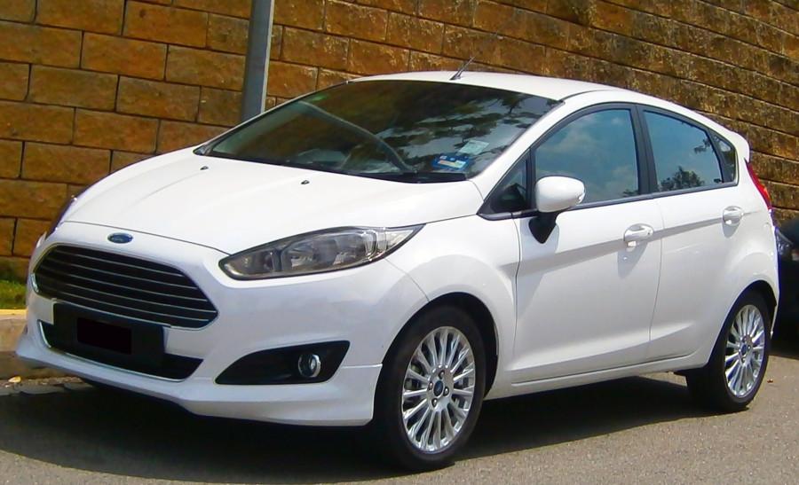 2013_Ford_Fiesta_Sport_1.5L_in_Cyberjaya,_Malaysia_(01)