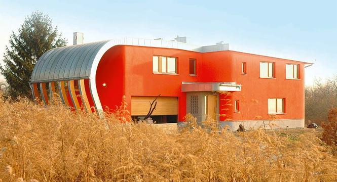 budynek-o-konstrukcji-z-drewna_1045823