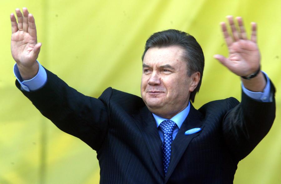 Янукович на митинге