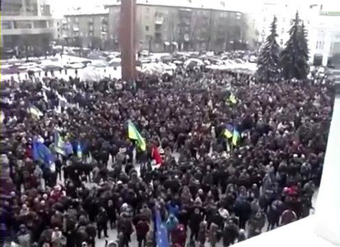 2014.01.24 Захват Івано-Франківської ОДА_000257160