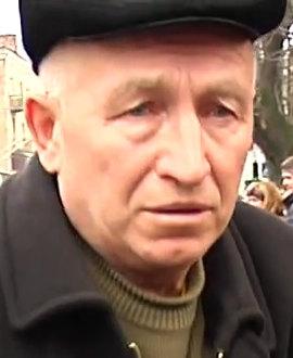 2014.02.19 Стрельба с СБУ в Хмельницком.mp4_000218120_1
