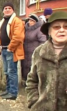 2014.02.19 Стрельба с СБУ в Хмельницком.mp4_000218720_1