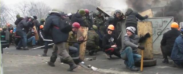2014.02.20 Полное видео с Киева ул Институтская_001633965_1