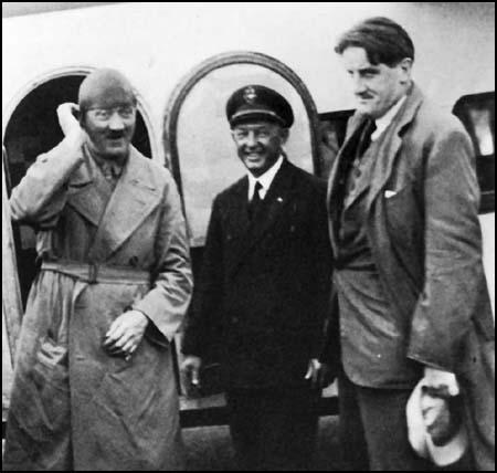 017 - Ханфштенгль и Гитлер 4