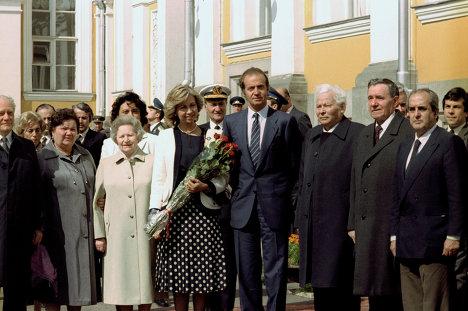 Про генсека Черненко, короля Бурбона и желание быть испанцем