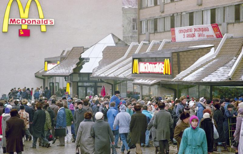 30 лет назад. Первый Макдоналдс в СССР